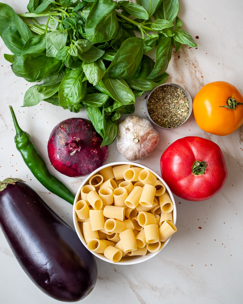 ingredients for aubergine pasta