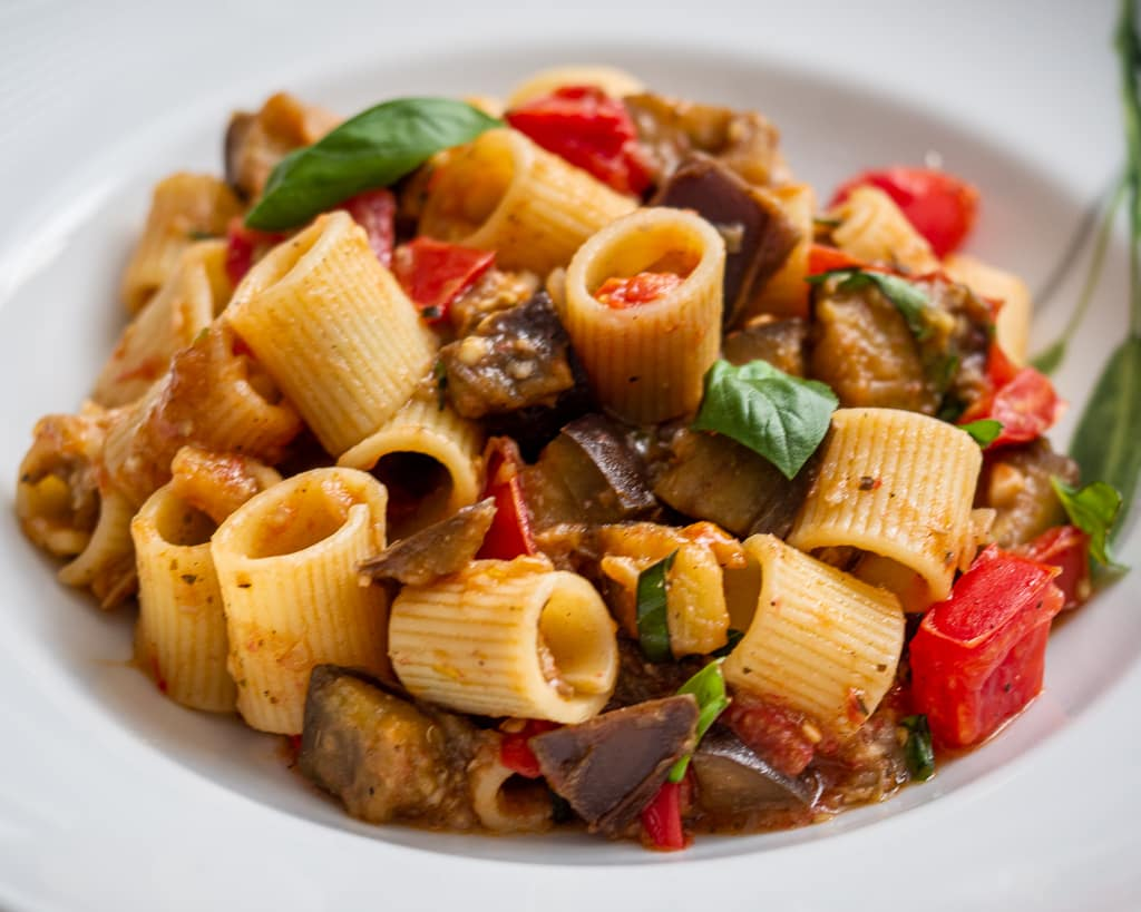 plate with aubergine pasta