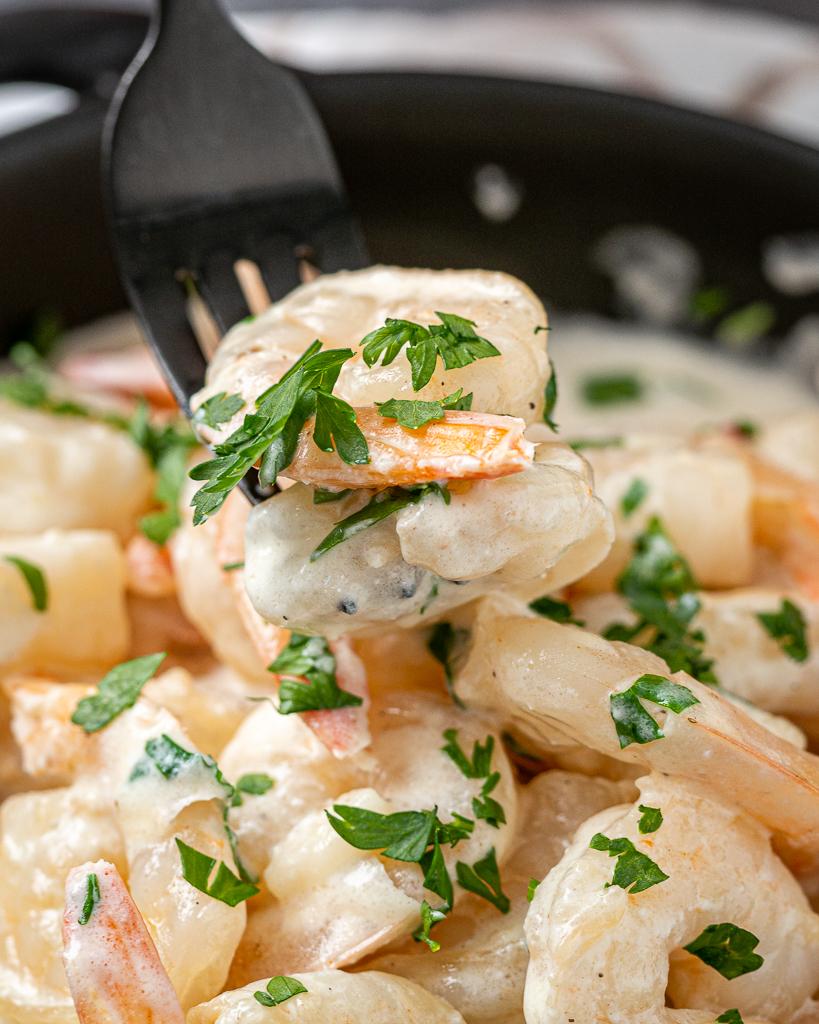 Creamy Garlicky Shrimp Parmesan