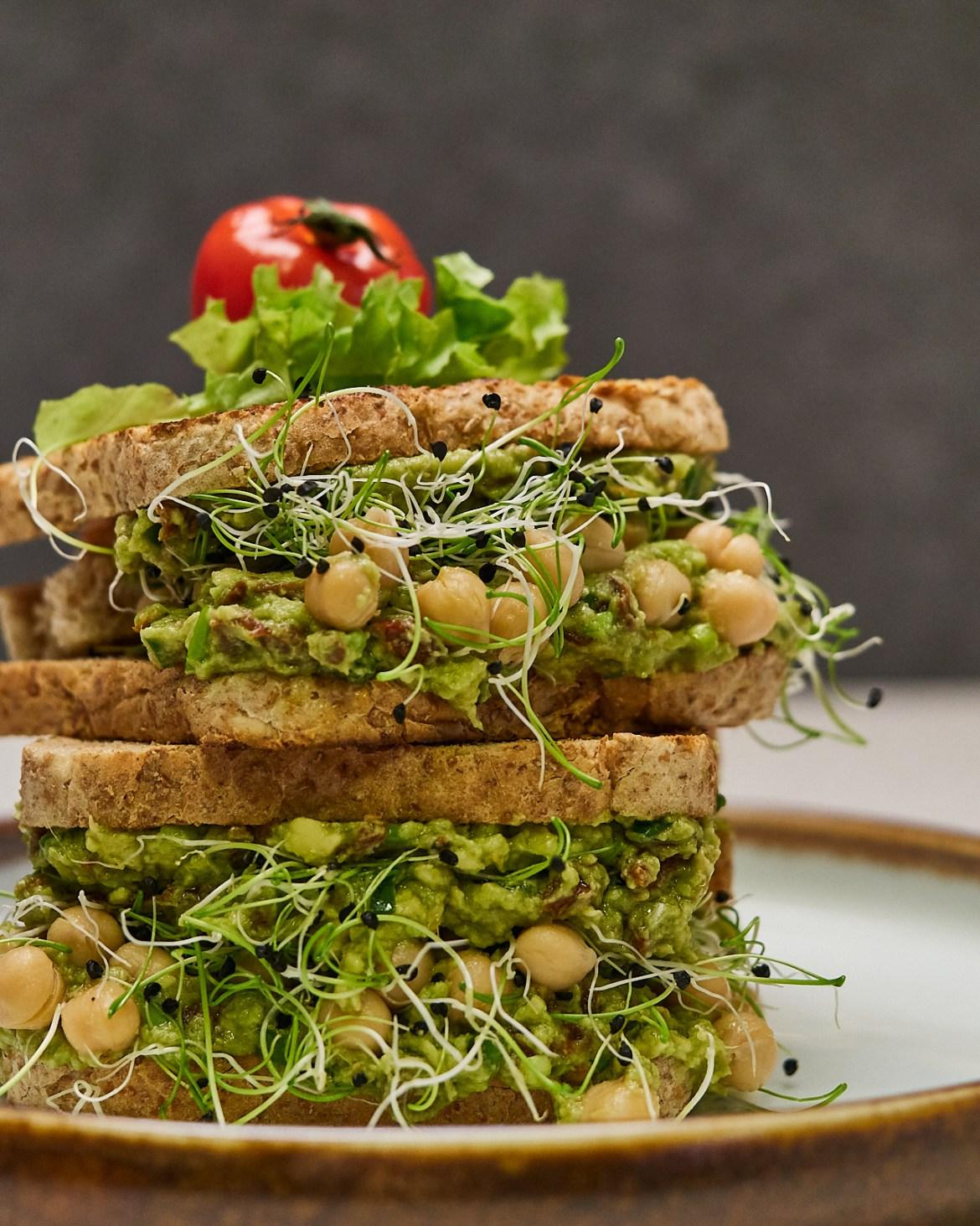 chickpea avocado sandwich