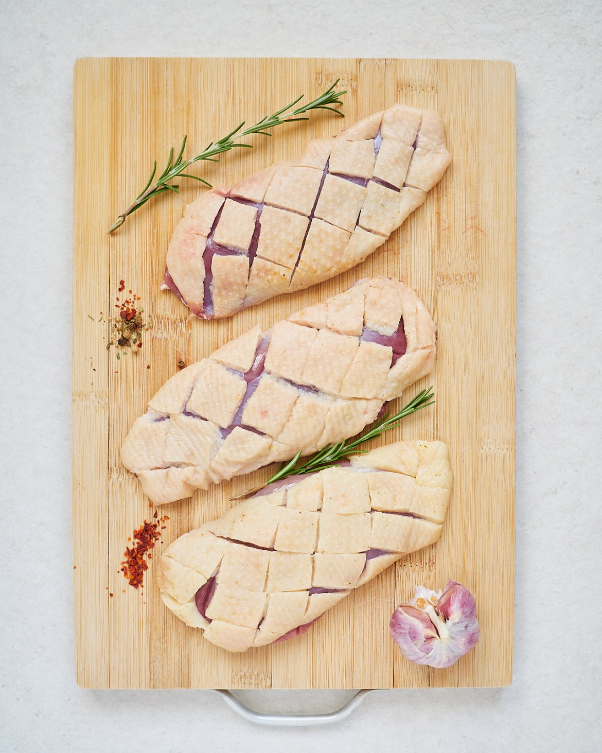 how to score duck breast skin