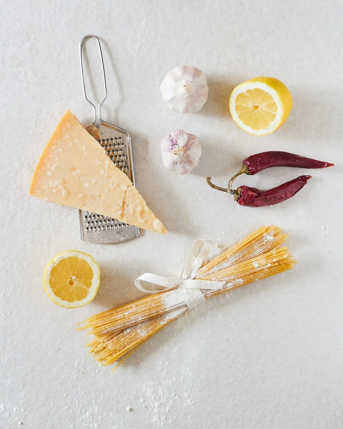 ingredients for garlic pasta