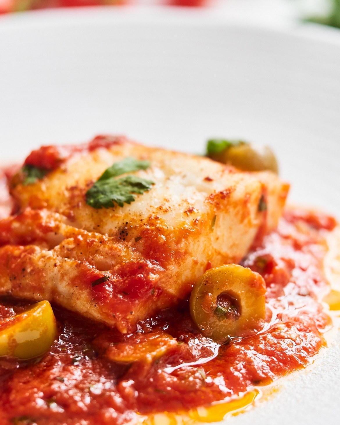 cod fillets in tomato sauce