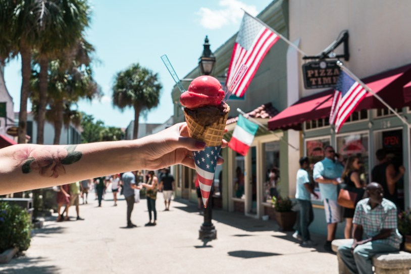 Sorvete na st george street em St Augustine, nos Estados Unidos