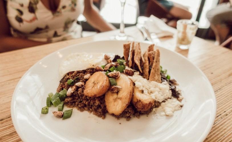 Picadillo La Central, o melhor prato quente do restaurante mexicano La Central, em São Paulo.