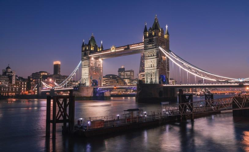 Dicas de viagem em Londres: o entardecer na Tower Bridge