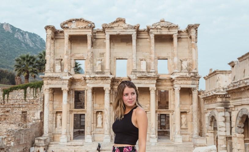 Ruinas de Efeso em Kusadasi, na Turquia. Faz parte de um cruzeiro pelas ilhas gregas!