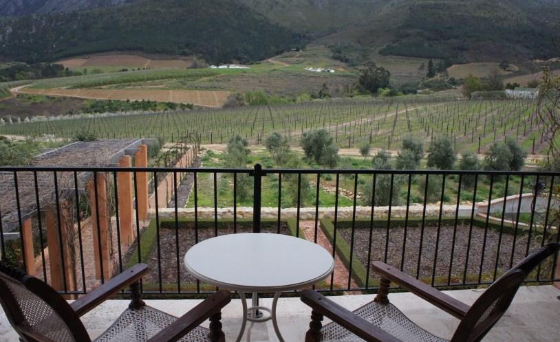 O hotel La Residence, na Africa do Sul, fica cercado de vinícolas.
