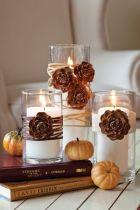 Copo decorado com vela e flor