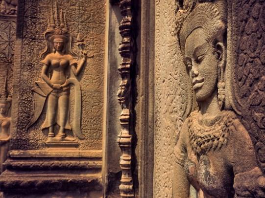 Angkor Vat details déesses - Délicieuse Vie