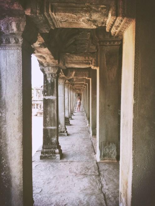 Cache Cache- Angkor Cambodia - Delicieuse Vie