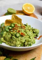guacamole up close with chips