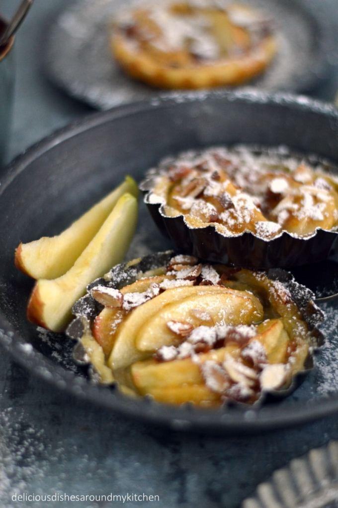Schnelle Apfel- Tartelettes mit Zimtschmand – Delicious dishes around my kitchen