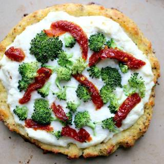 Mini White Pizza's with Broccoli, Sun-Dried Tomatoes, & Roasted Garlic