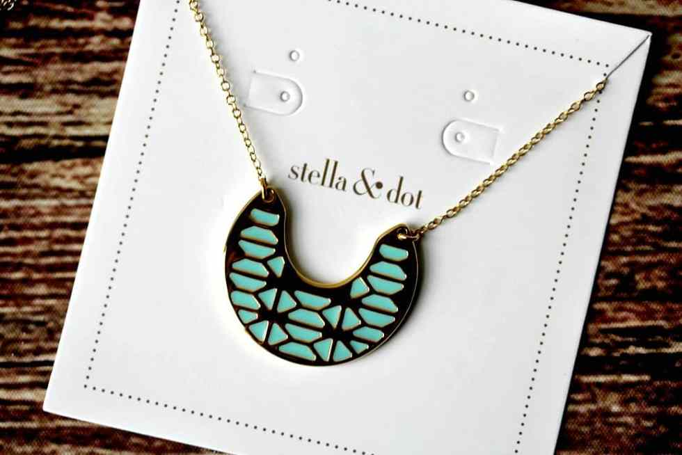 Stella and Dot Review