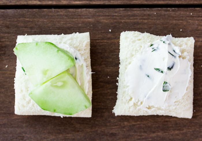 2 Bread Quarters with Cream Cheese and Cucumber Slices