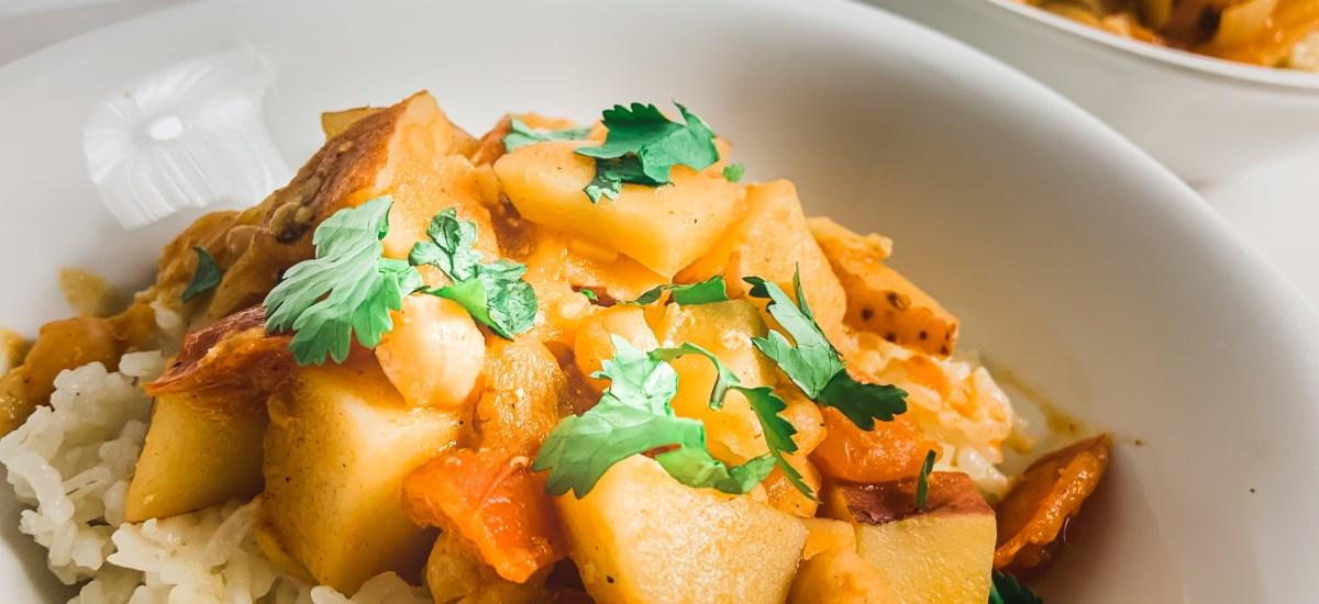 One Pot Meal: Vegan Potato & Chickpea Curry