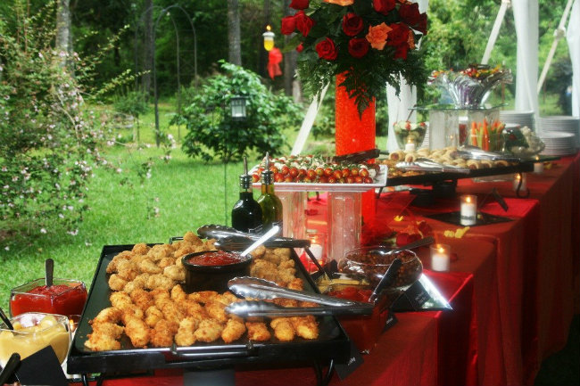 Buffet vs Meals: The Pros and Cons of Both for Weddings ~ Deliciously Savvy
