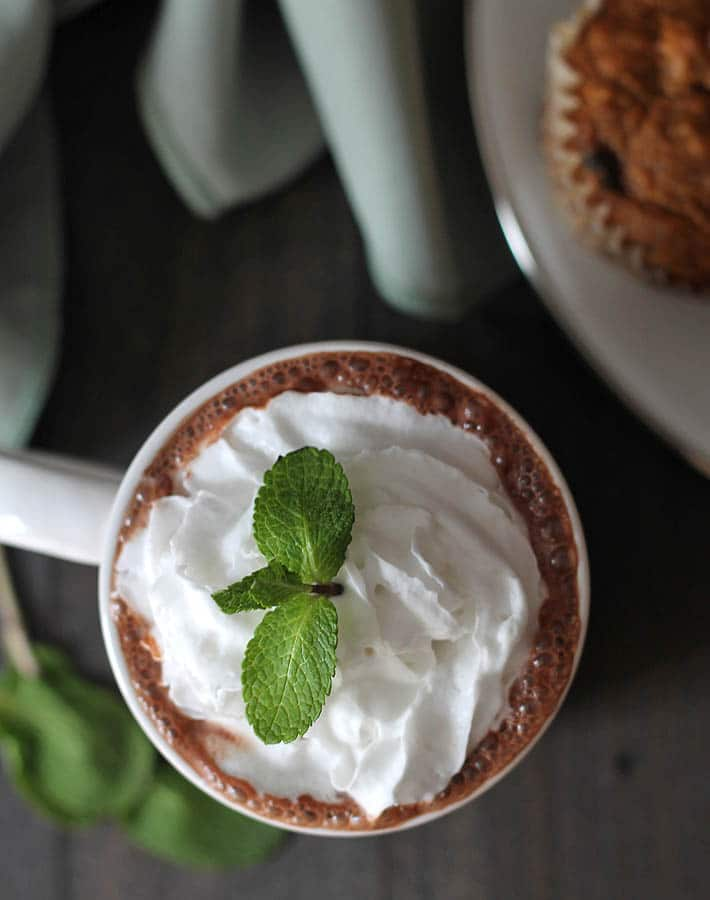 4 ingredients is all you need to make yourself a mug of dairy-free, decadent vegan peppermint hot chocolate. A nice, sweet warm up on a chilly day!