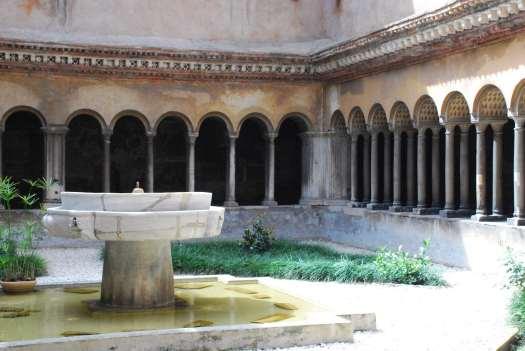 Rome in 5 days_cloister of basilica dei Quattro Coronati