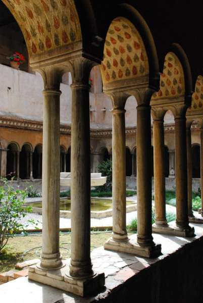 Underground Rome Tour_Chiesa dei Santi Coronati cloister