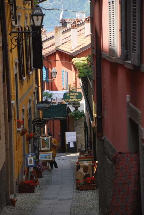 Bellagio_old streets