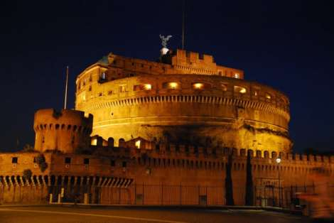 Night walk in Rome - night_Castel Sant'Angelo_01