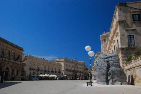Siracusa_Cathedral square