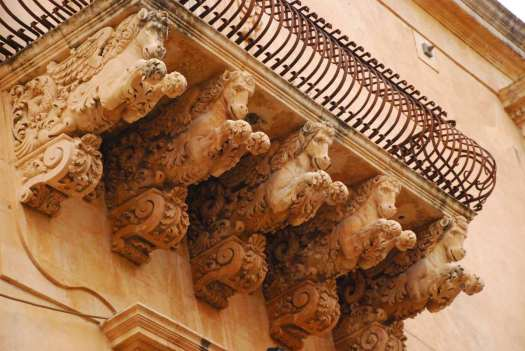 Noto Sicily_Architectural detail