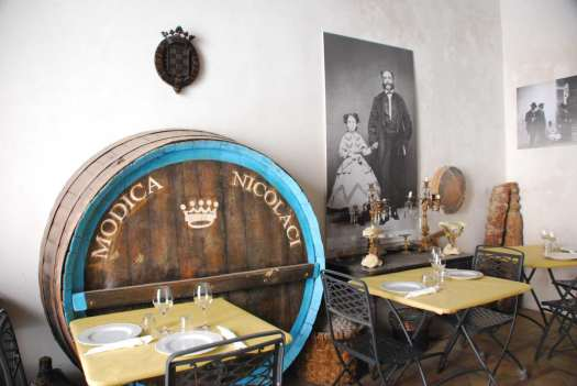 Noto Sicily_local restaurant
