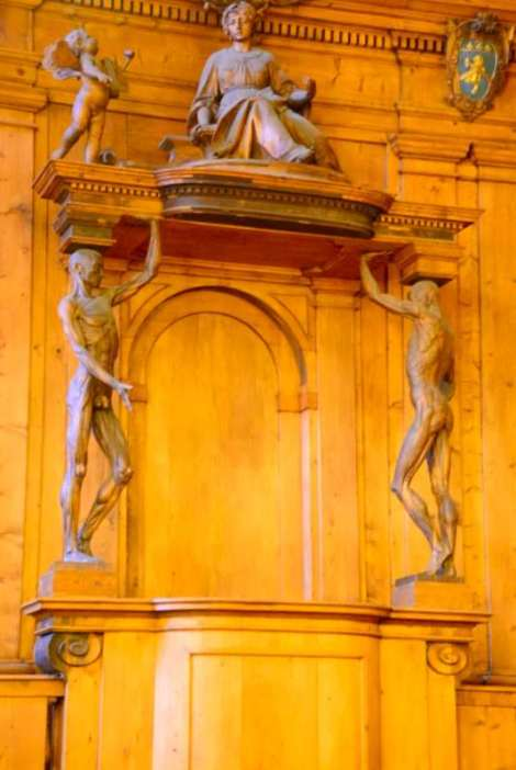 Visit Bologna_Archiginnasio_teatro anatomico1
