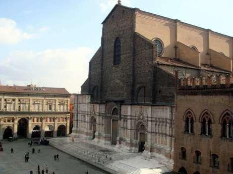 Visit Bologna_San Petronio_facciata