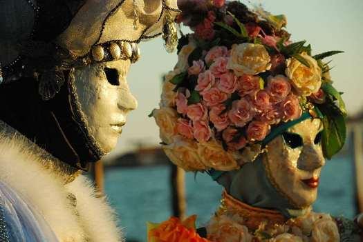 www.delightfullyitaly.com_Carnival-Venice_4