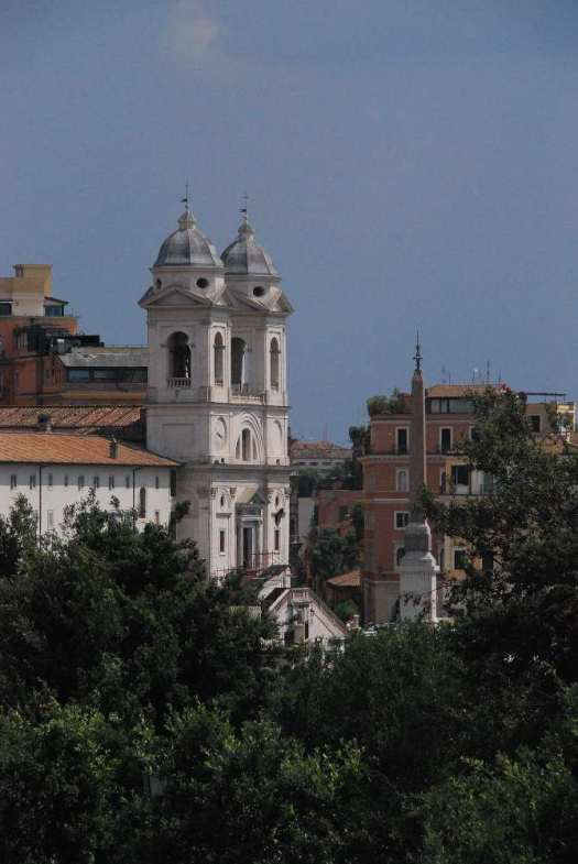 www.delightfullyitaly.com_Spanish steps_39