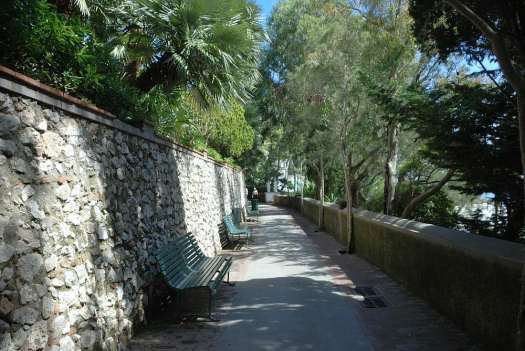 Capri walking itinerary - Capri's alley
