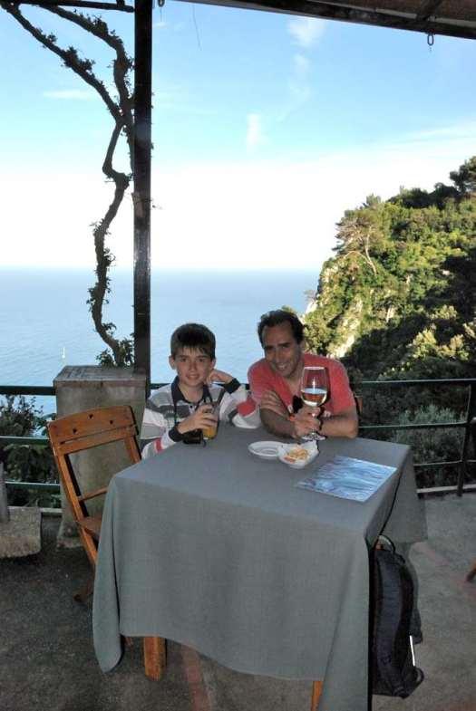 www.delightfullyitaly.com-Capri_Faraglioni walking tour_37