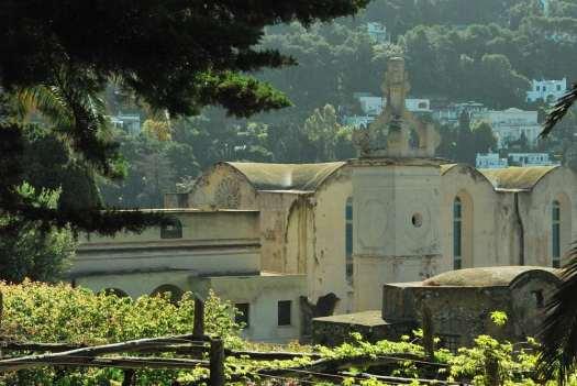 Capri walking itinerary - Capri's Certosa