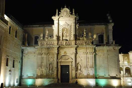 www.delightfullyitaly.com_lecce-by-night__167