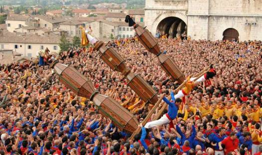 Best 20 things to do in Umbria - Gubbio corsa dei ceri