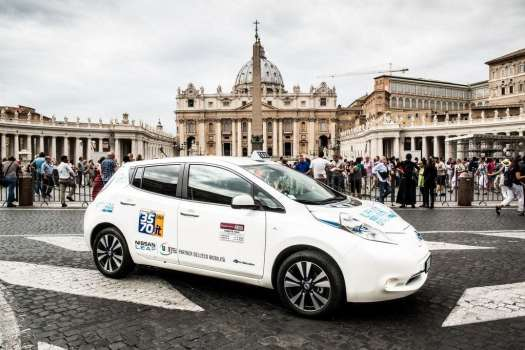 Driving safely in Italy - authorized taxi