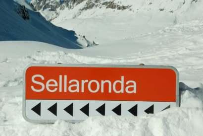 www.delightfullyitaly.com_Sellaronda_141