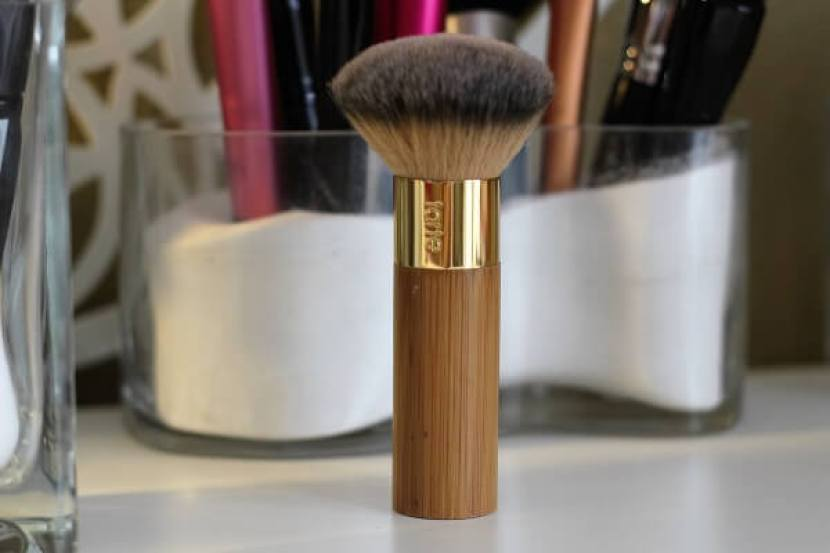 tarte-brush