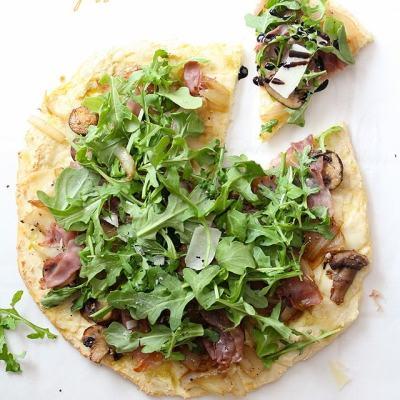 Arugula Prosciutto Pizza