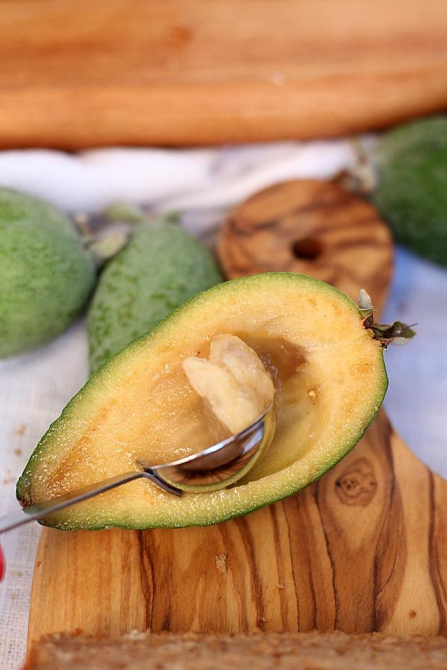 10-Minute Pineapple Guava Bread Loaf Recipe!