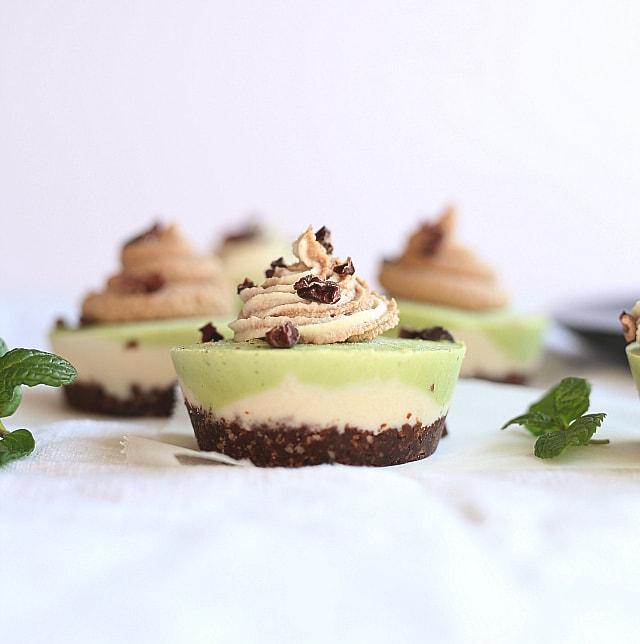peppermint white chocolate vegan cheesecake