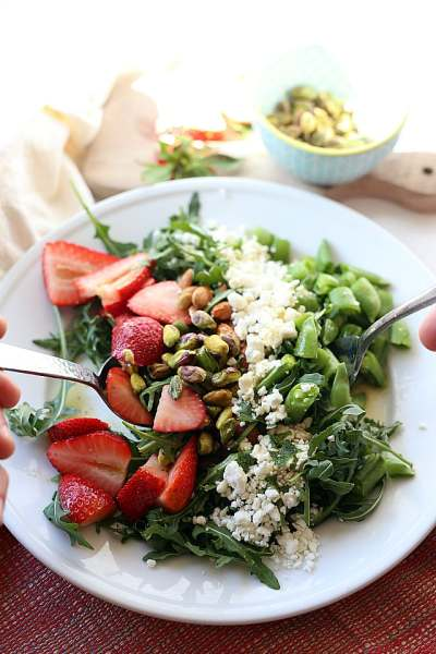 Arugula Salad With Strawberries and Feta in Orange Poppy Seed Dressing