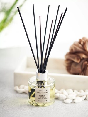 Serenity by Delilah Chloe. Lemongrass and Ginger luxury reed diffuser