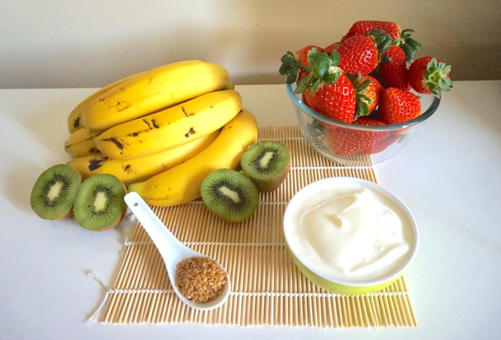 Smoothie de fresa, plátano y kiwi