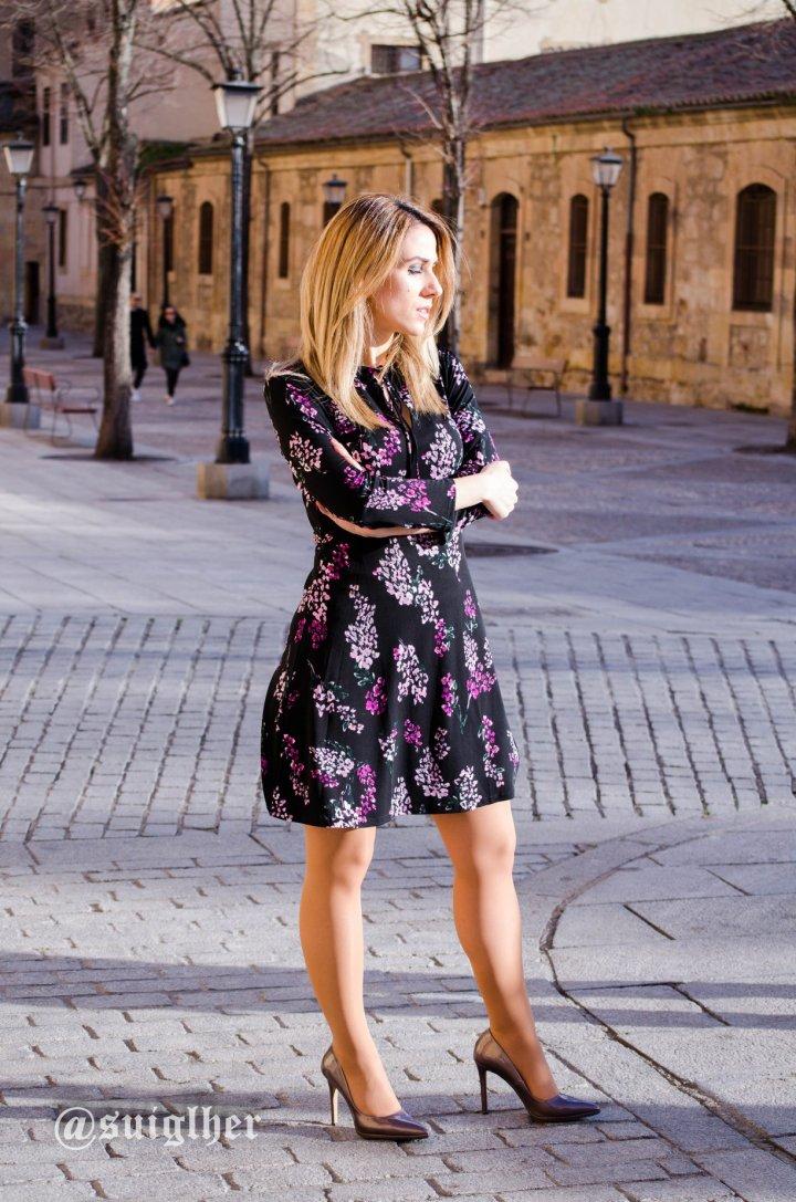 Vestido_flores_mango_negro9