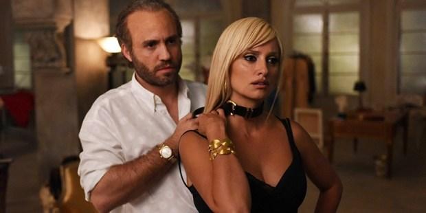 Gianni Versace (Édgar Ramirez) e Donatella Versace (Penélope Cruz)